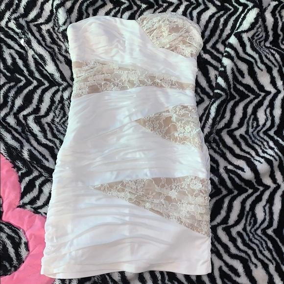 City Triangles Dresses & Skirts - White short dress